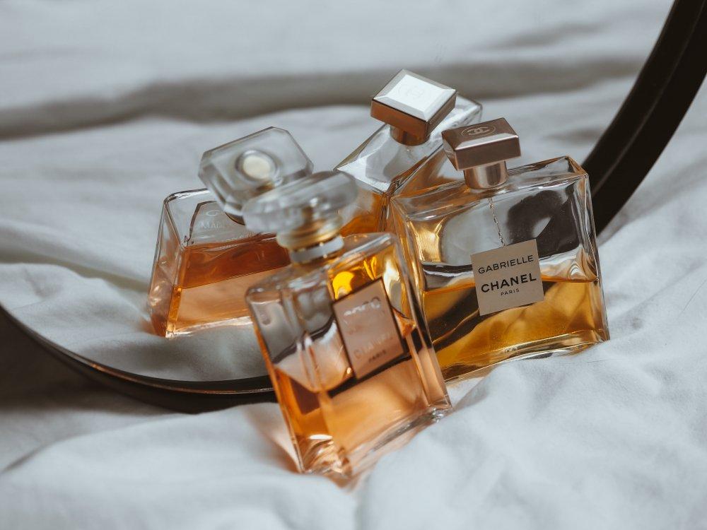 Köp billiga parfymer och få mer för pengarna